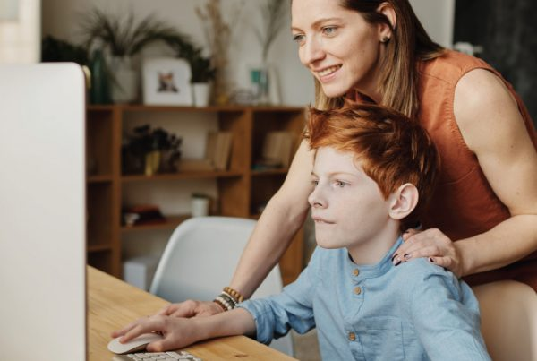 3 Ways to Support Wellness for Working Mums